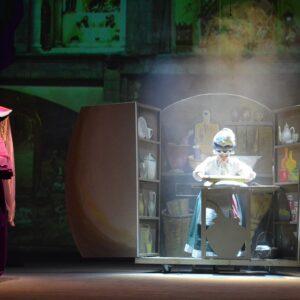 Пригоди Аліси у Дивокраї